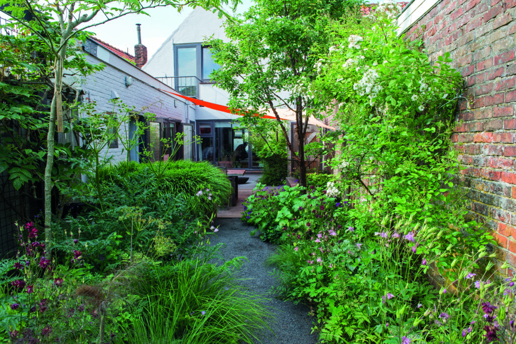 Walk on the wild side ecological landscape alliance - Maison jardin senior living community reims ...